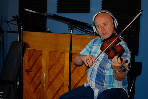 Jesse Moore Blues Band violinist