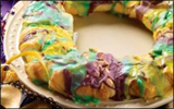 King Cake with Cream Cheese Cinnamon Filling