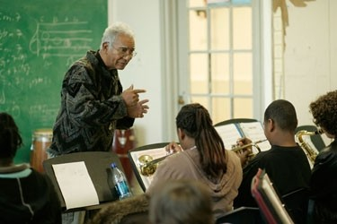 Kidd Jordan teaching at the Don Jamison Heritage School of Music. Photo by Steph