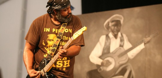 Alvin Youngblood Hart performing at Jazz Fest