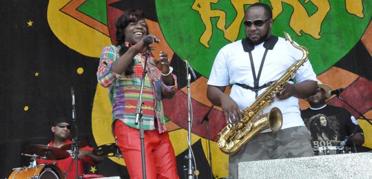 BIg Freedia on stage w the Soul Rebels
