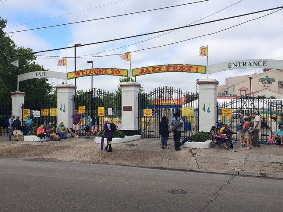 Entry gates 2 hours before opening [Photo by Carrie Booher]