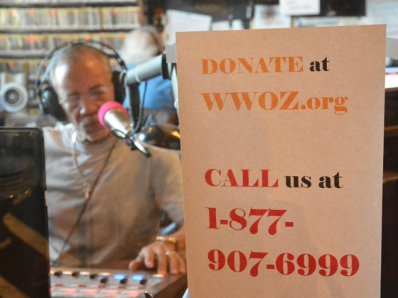 906x680 Al Colon in the studio during pledge drive [Photo by Kichea S. Burt]
