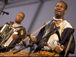Sunpie Barnes (left) and Seguenon Kone of Ensemble Fatien (photo by Derek Bridges)