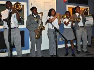 Students from Warren Easton High