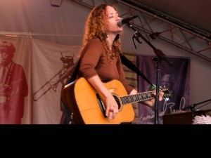 Lynn Drury at Voodoo Music Experience 2011