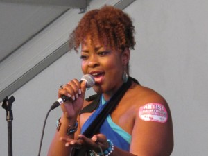 Quiana Lynell [Photo by Keith Hill]