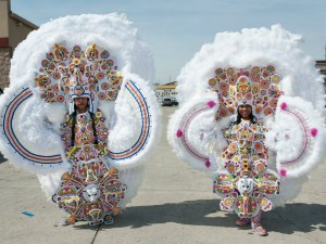 Monogram Hunters Big Chief Pie and Big Queen Denice at Super Sunday 2015 [Photo by Ryan Hodgson-Rigsbee]